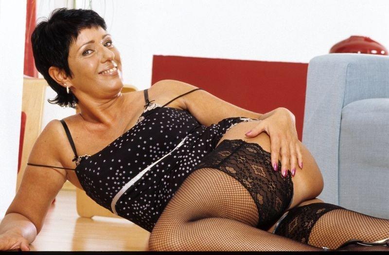 Curve Drobeta-Turnu Severin - Femei mature din Drobeta
